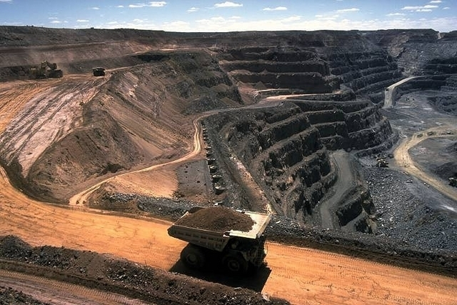 strip_coal_mining_large